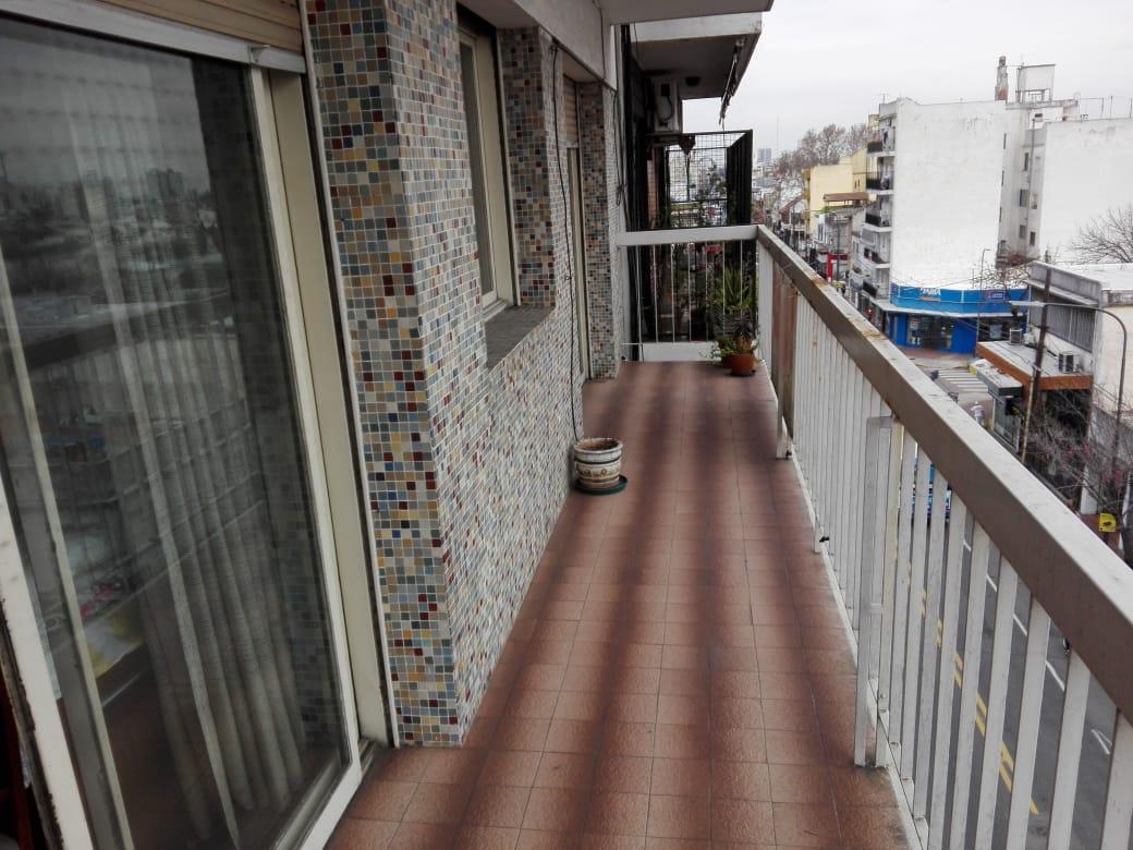 Dpto 4 Amb C/balcon